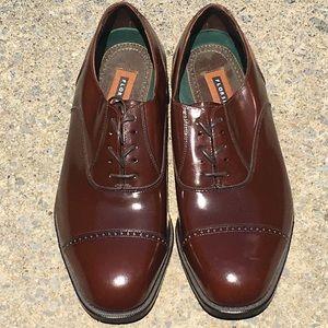 Florsheim cap toe dress shoe